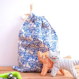 https://www.etsy.com/uk/listing/243024077/cornflower-print-drawstring-bag?ref=shop_home_active_5
