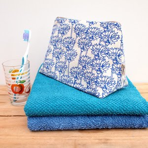 https://www.etsy.com/uk/listing/244961924/wash-bag-cornflower-print?ref=shop_home_active_31