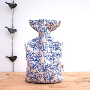 https://www.etsy.com/uk/listing/483599325/hot-wheatabottle-cornflower-print?ref=related-4