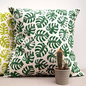 https://www.etsy.com/uk/listing/470100894/cushion-cheese-plant-print?ref=shop_home_active_32