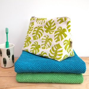 https://www.etsy.com/uk/listing/495480928/wash-bag-cheese-plant-print?ref=listing-shop-header-0